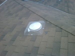 Box screen for roof vent